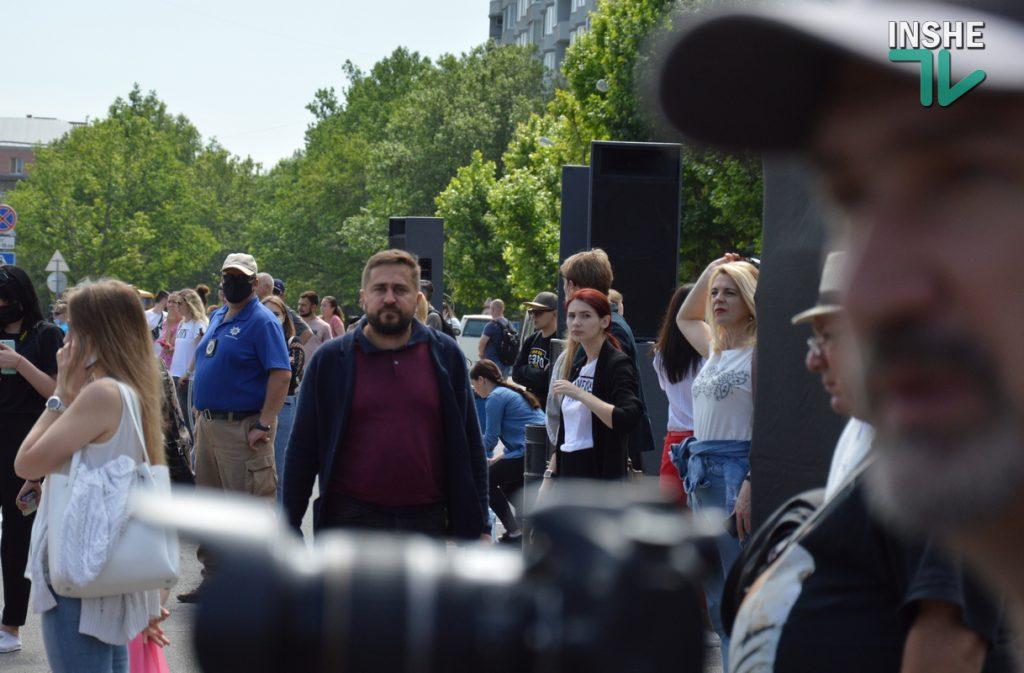 В Николаеве 100 хоров спели гимн Украины на Соборной площади (ВИДЕО и ФОТО) 19