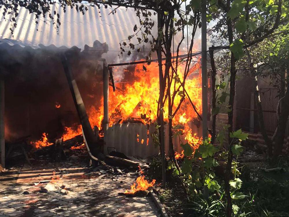В Николаеве тушили жилой дом - причиной пожара стала неаккуратность (ФОТО) 9
