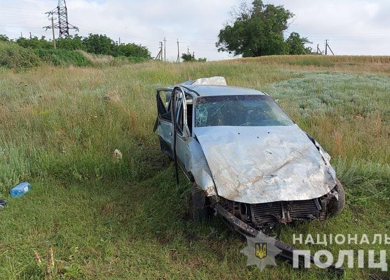 Смертельное ДТП возле Каменки. Водителя и пассажира выбросило из авто (ФОТО)