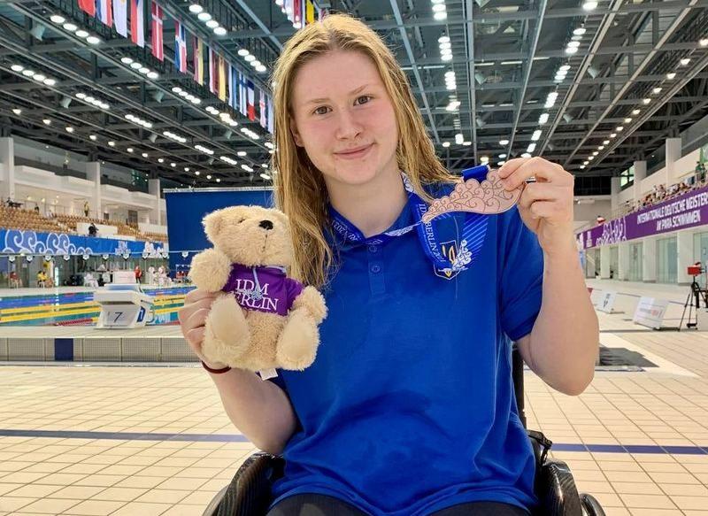 Анна Гонтарь из Николаева завоевала 5 наград международного турнира по плаванию и право выступать на Паралимпийских играх-2021 (ФОТО)