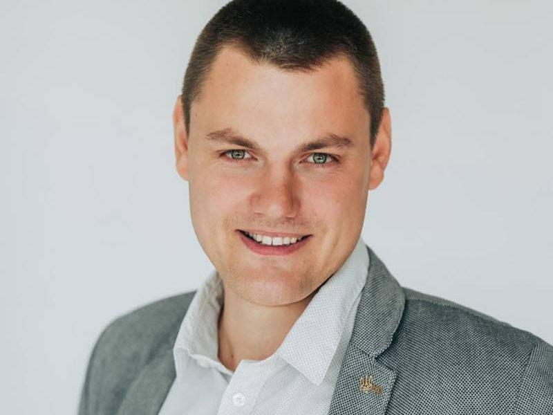 В Николаеве проводят обыски у депутата горсовета Максима Коваленко. Во фракции «Пропозиции» называют это давлением за защиту зеленых зон