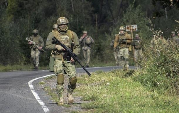 Боевики 14 раз обстреляли украинские позиции на Донбассе