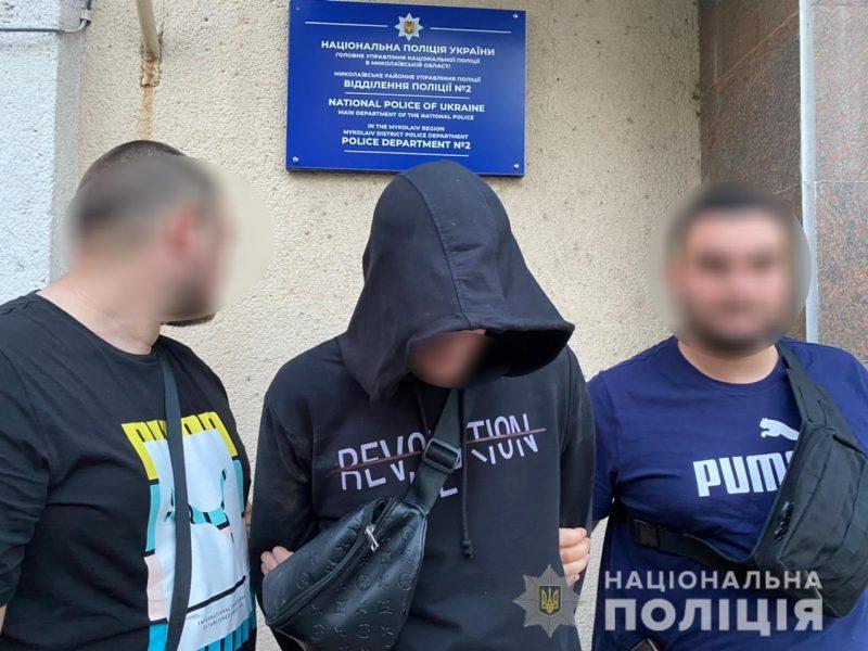 В Николаеве мошенник выманил у пенсионерки 9 тыс грн. — на лечение сестры (ФОТО)