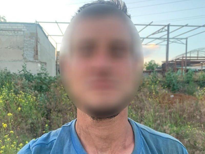 В Николаеве ранее судимый напал на военнослужащего с ножом (ФОТО)