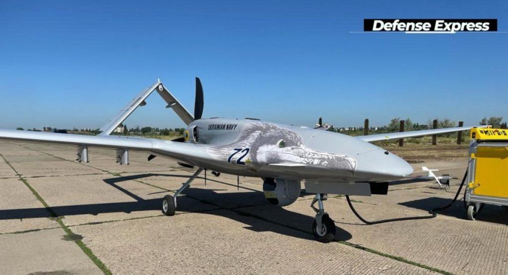 Первый комплекс Bayraktar TB2 поставят на вооружение дислоцирующейся в Николаеве 10-й бригады морской авиации (ФОТО) 1