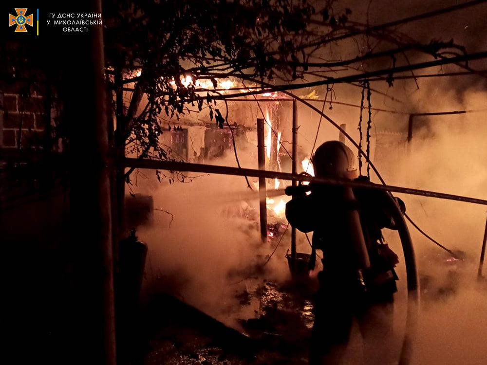 За сутки спасатели Николаевщины дважды тушили пожары в жилье (ФОТО) 3