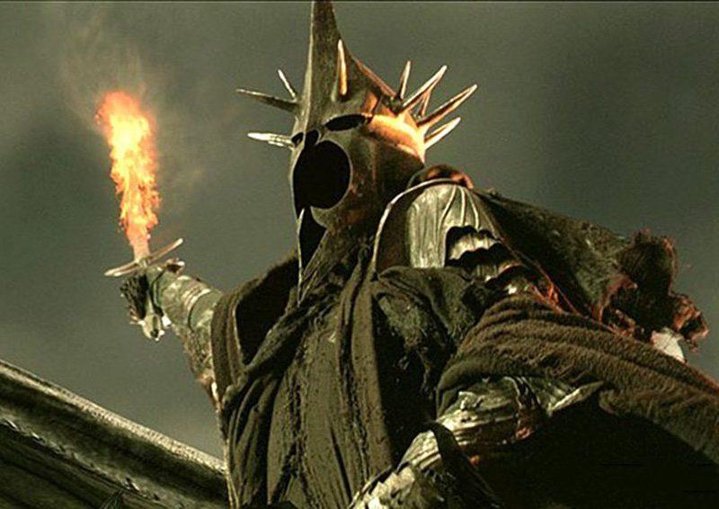Сериал по «Властелину колец»: Саурона не будет, но будет «обнаженка»