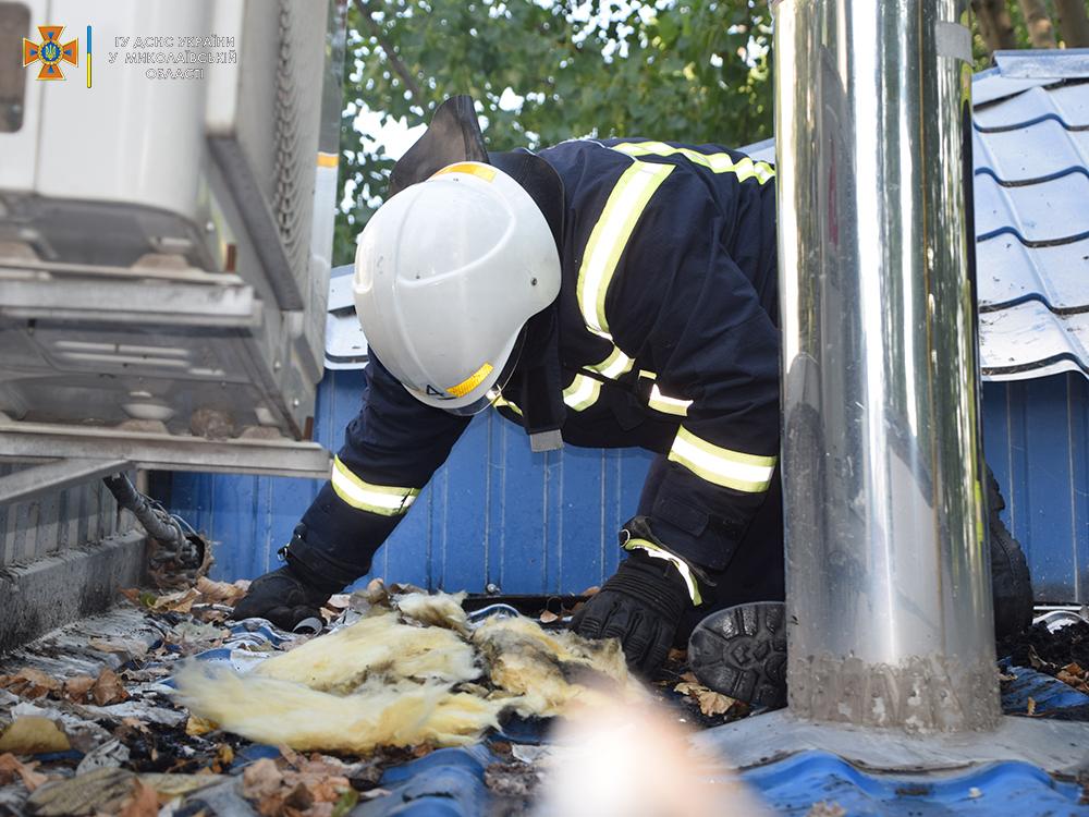 В Николаеве воскресным утром загорелась пекарня (ФОТО) 3