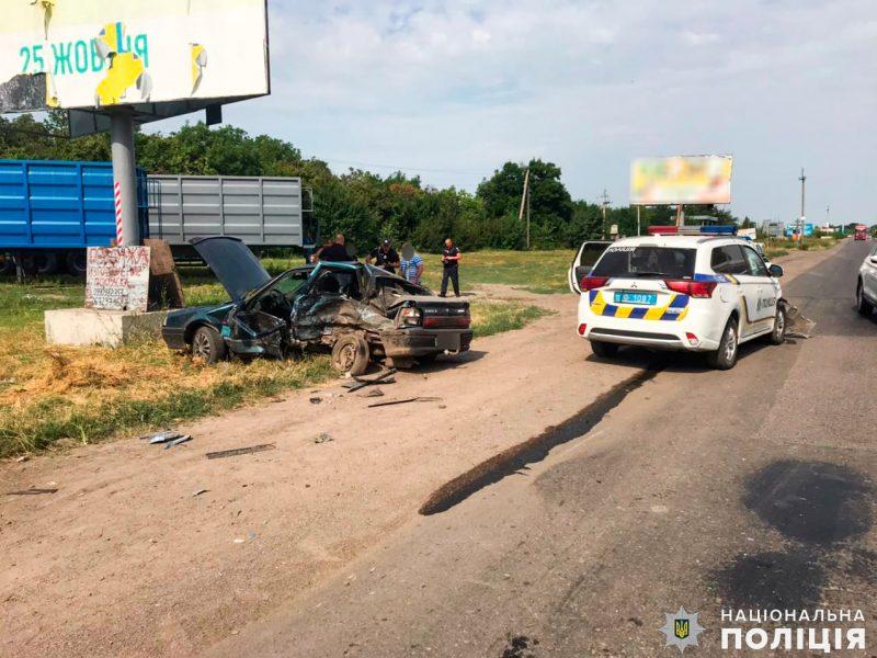 На Николаевщине в ДТП с полицейским авто пострадал водитель «гражданской» легковушки — назначено служебное расследование (ФОТО)