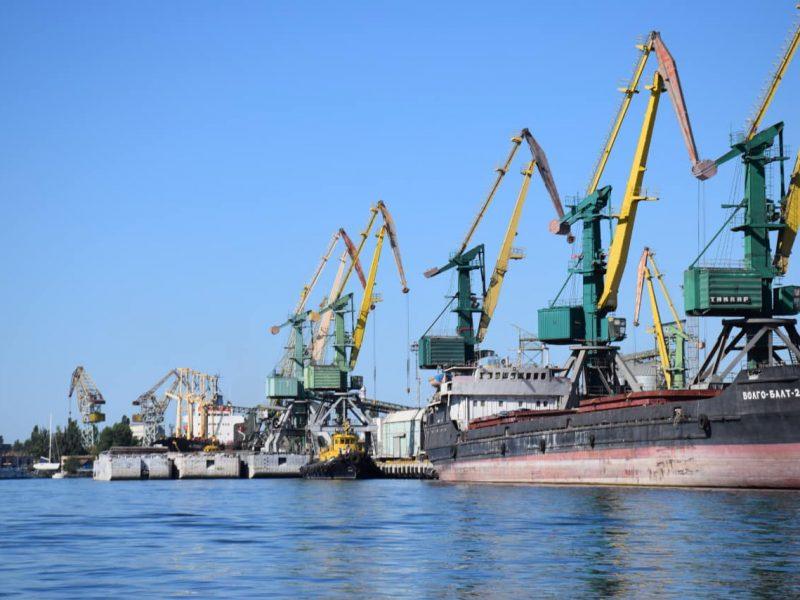 В Николаеве пограничники не пустили на берег 5 российских моряков, посещавших Крым, и запретили им въезд в Украину на 3 года