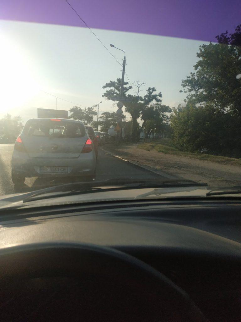 Фуры, Варваровский мост, пробки: как Николаев встретил 27 июля (ФОТО, ВИДЕО) 3