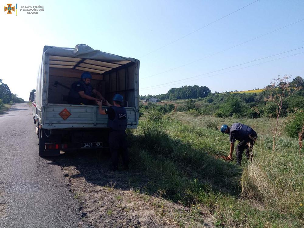 В Николаевской области обезвредили еще полтысячи найденных у Врадиевки артснарядов (ОТО) 5