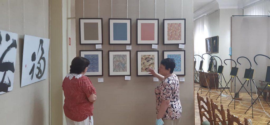 Кимоно, бумага и иероглифы: в Николаеве открылась выставка «Японский дизайн» (ФОТО) 3
