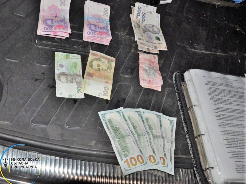 В Николаеве задержали военкома-взяточника и его пособников, которые помогали призывникам «откосить от армии» (ФОТО)