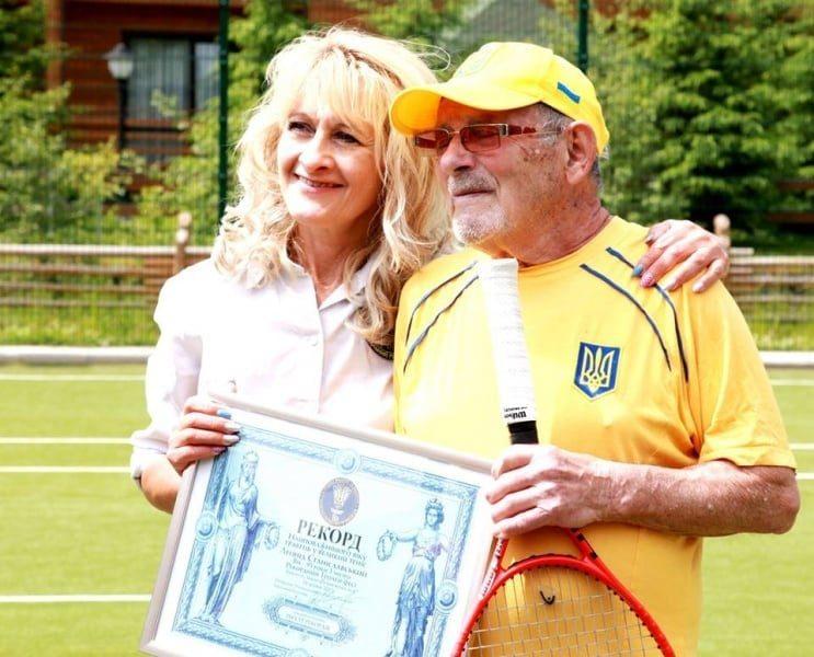 Самый старый теннисист планеты: харьковчанин занесен в книгу Гинесса
