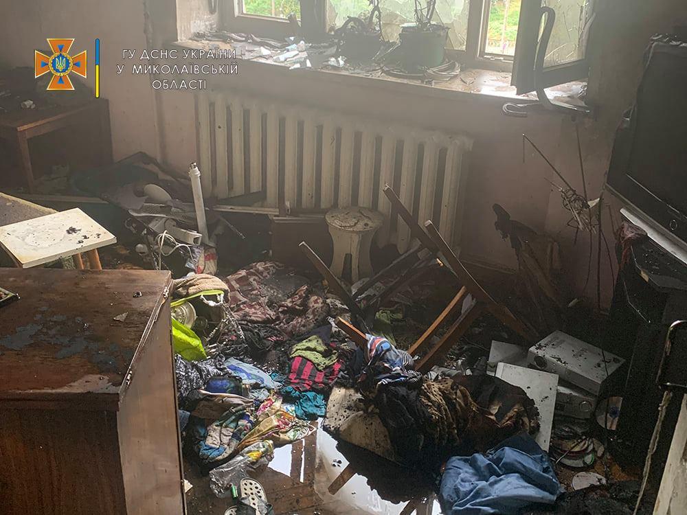 В Николаеве пожарные спасли женщину из пылающей квартиры на 5 этаже (ФОТО) 3