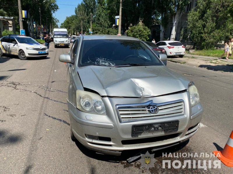 В центре Николаева Toyota сбила пешехода