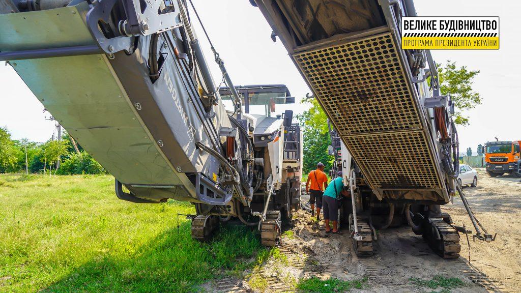 В Николаеве продолжается ремонт дороги М-14 - дошли до Терновского кольца (ФОТО) 15