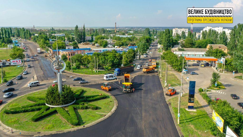 В Николаеве продолжается ремонт дороги М-14 - дошли до Терновского кольца (ФОТО) 17