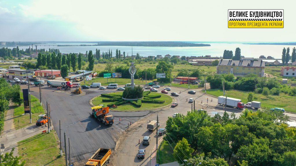 В Николаеве продолжается ремонт дороги М-14 - дошли до Терновского кольца (ФОТО) 23