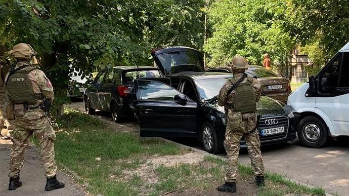 Полиция задержала ОПГ бывшего сбушника Сэнсэя — банда нападала на чиновников, судей, силовиков (ФОТО, ВИДЕО)