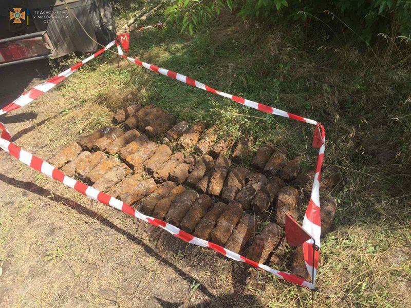 В Николаеве на стройплощадке нашли 51 артснаряд. Там может быть еще (ФОТО)
