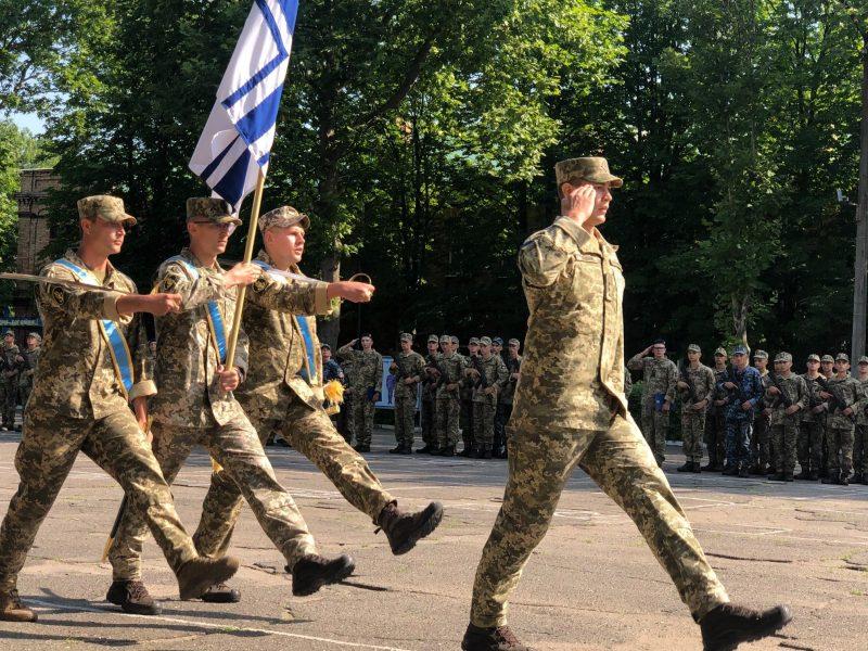 В Николаеве на верность украинскому народу присягнули матросы-«срочники» (ФОТО)