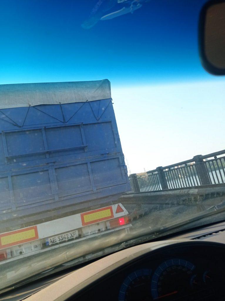 Фуры, Варваровский мост, пробки: как Николаев встретил 27 июля (ФОТО, ВИДЕО) 5