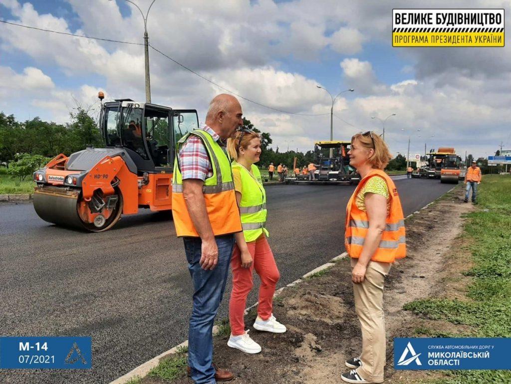Ремонт дороги на въезде в Николаев: ул.Веселиновская перекрыта – там укладывают финишный слой покрытия (ФОТО) 7