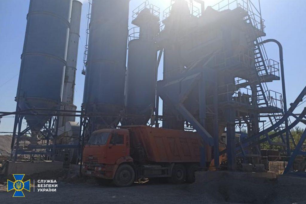На Николаевщине СБУ пресекла незаконную добычу гранита фирмой подсанкционного Амирханяна и изъяла технику (ФОТО) 9