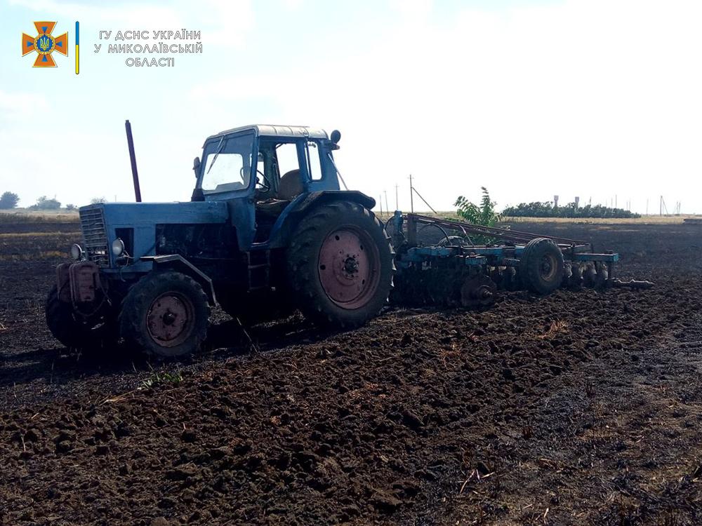 Солома, сухая трава и хозпостройка: что тушили на Николаевщине за сутки (ФОТО) 9