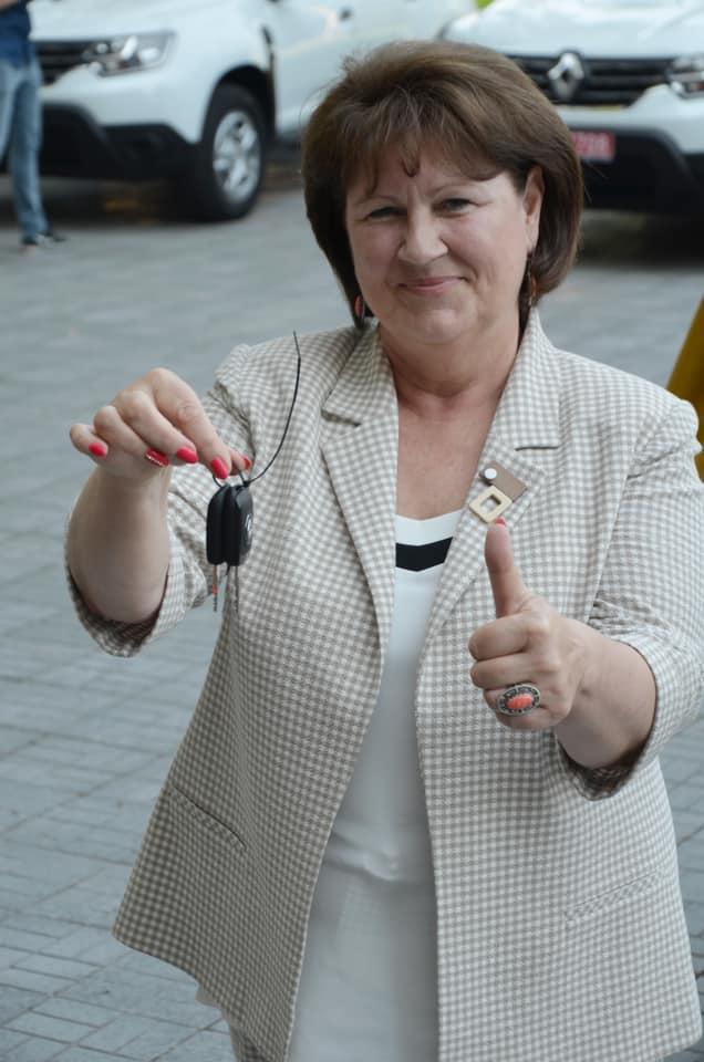 В Николаеве передали 10 Renault Duster для сельских амбулаторий (ФОТО) 11