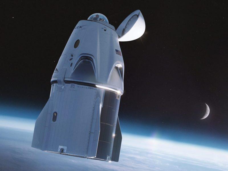 Со всеми удобствами. Стеклянный купол и обзор на 360 градусов – таким будет туалет на космолете Crew Dragon