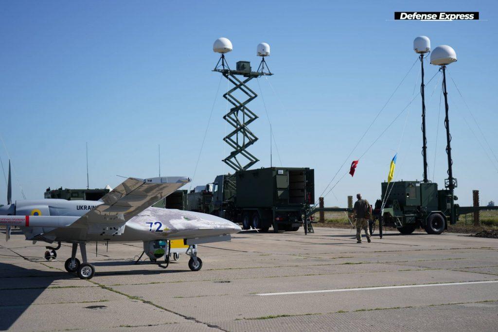 Первый комплекс Bayraktar TB2 поставят на вооружение дислоцирующейся в Николаеве 10-й бригады морской авиации (ФОТО) 13