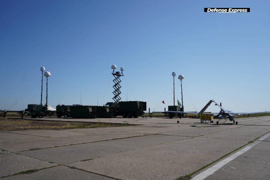 Первый комплекс Bayraktar TB2 поставят на вооружение дислоцирующейся в Николаеве 10-й бригады морской авиации (ФОТО) 15