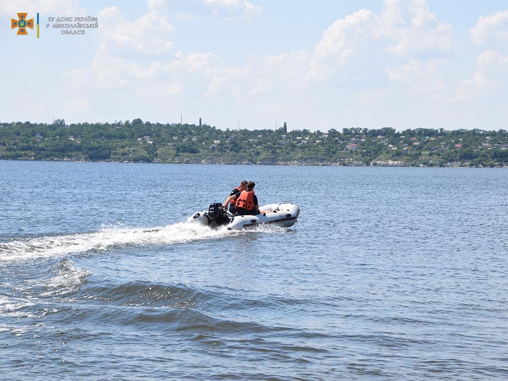 На Намыве утонул молодой мужчина - спасатели достали его тело (ФОТО, ВИДЕО) 1