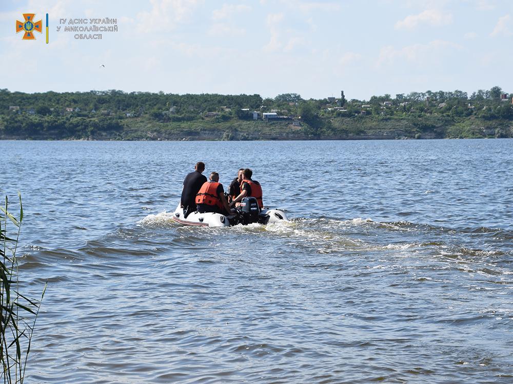 На Намыве утонул молодой мужчина - спасатели достали его тело (ФОТО, ВИДЕО) 9