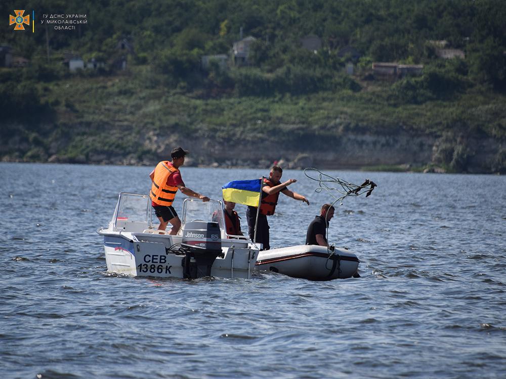 На Намыве утонул молодой мужчина - спасатели достали его тело (ФОТО, ВИДЕО) 11