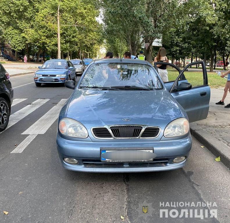 В Николаеве на переходе LANOS сбил двух пешеходов (ФОТО) 3