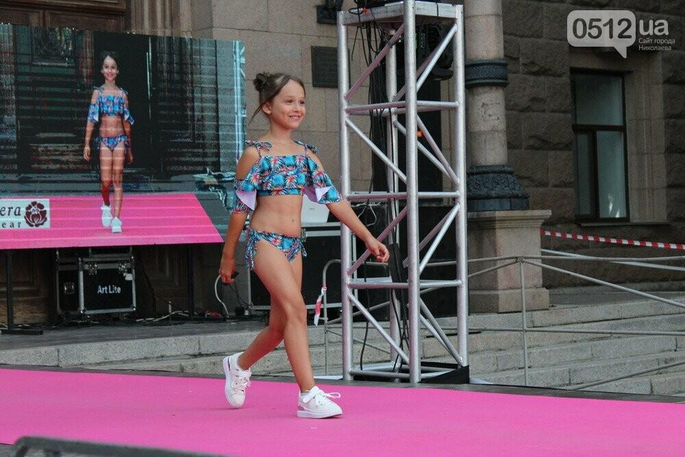 Дефиле из мэрии: на Соборной площади прошел фестиваль моды SUFD 19