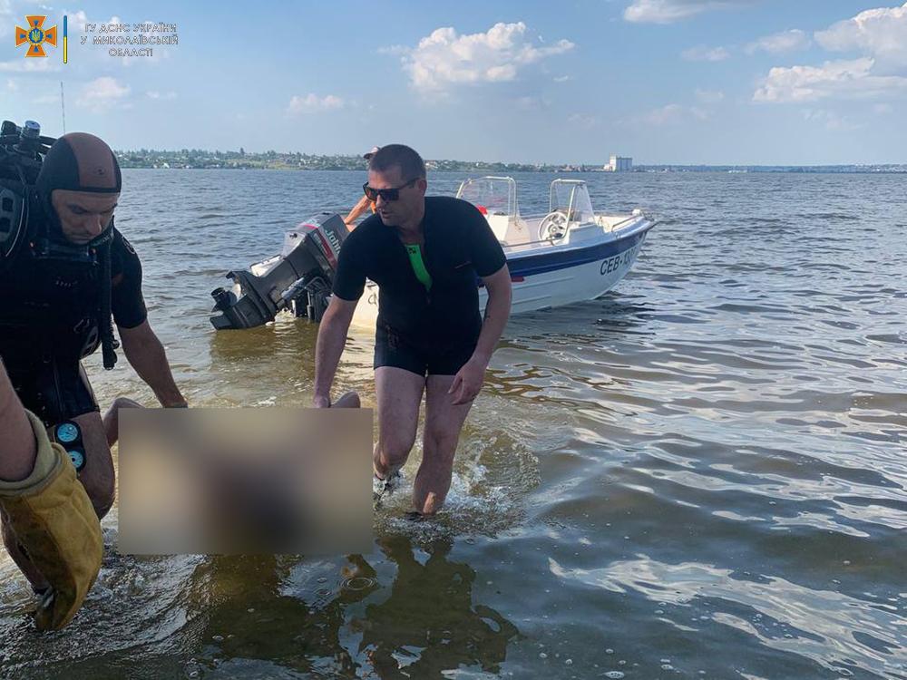 На Намыве утонул молодой мужчина - спасатели достали его тело (ФОТО, ВИДЕО) 13