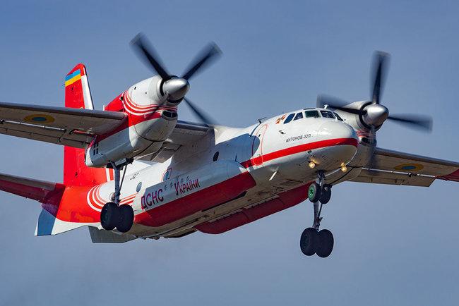 Спешим на помощь. Украина отправляет в Турцию пожарные самолеты (ФОТО)