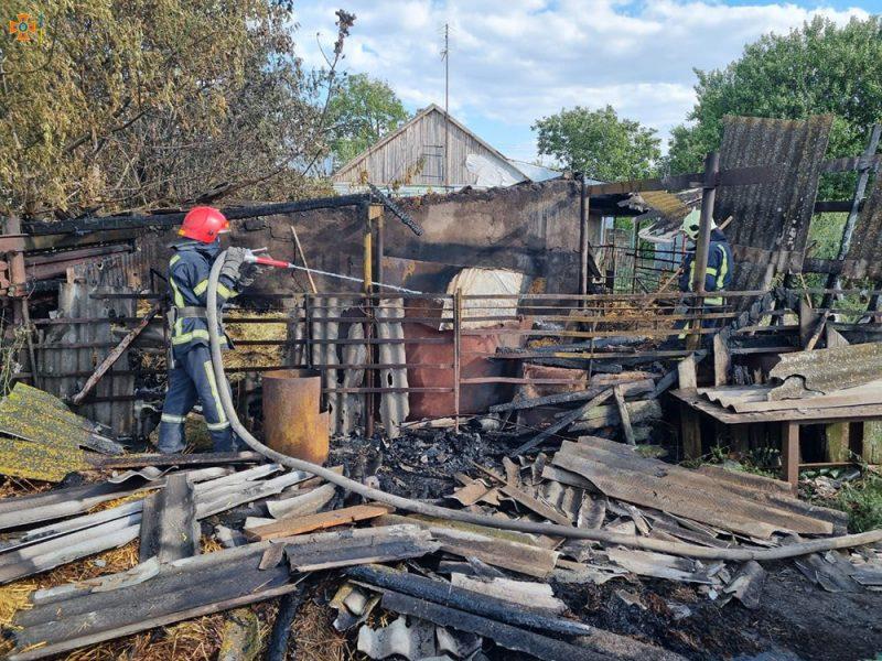 Спасатели Николаевщины четырежды за сутки тушили пожары в жилье (ФОТО)