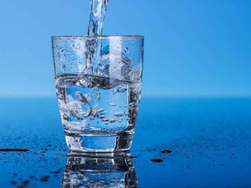 «Николаевводоканал» просит горожан сообщать адреса, по которым вода из крана идет с неприятным запахом и вкусом