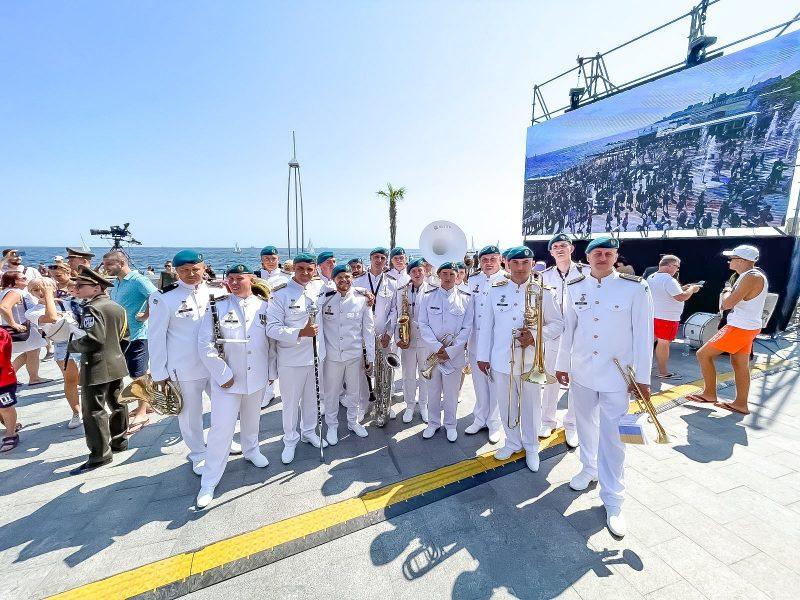 Оркестр николаевской бригады морской пехоты получил приз зрительских симпатий на Межконтинентальном онлайн-конкурсе песни в США (ФОТО)