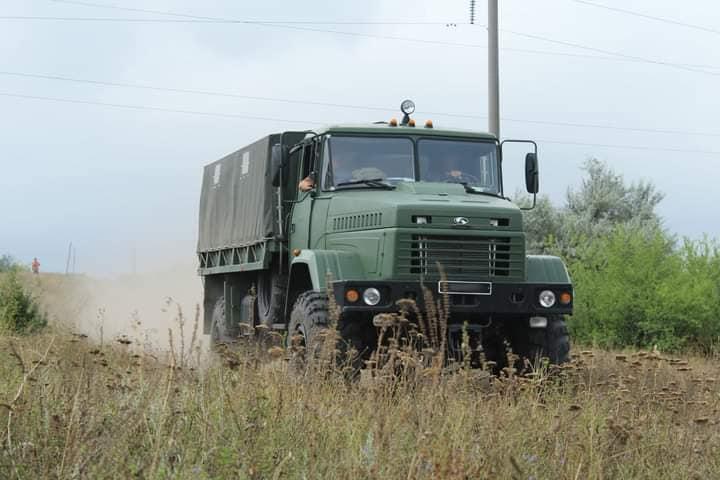 Чтобы по пересеченной местности – как по асфальту: тренировались водители николаевской «79-ки» (ФОТО) 3