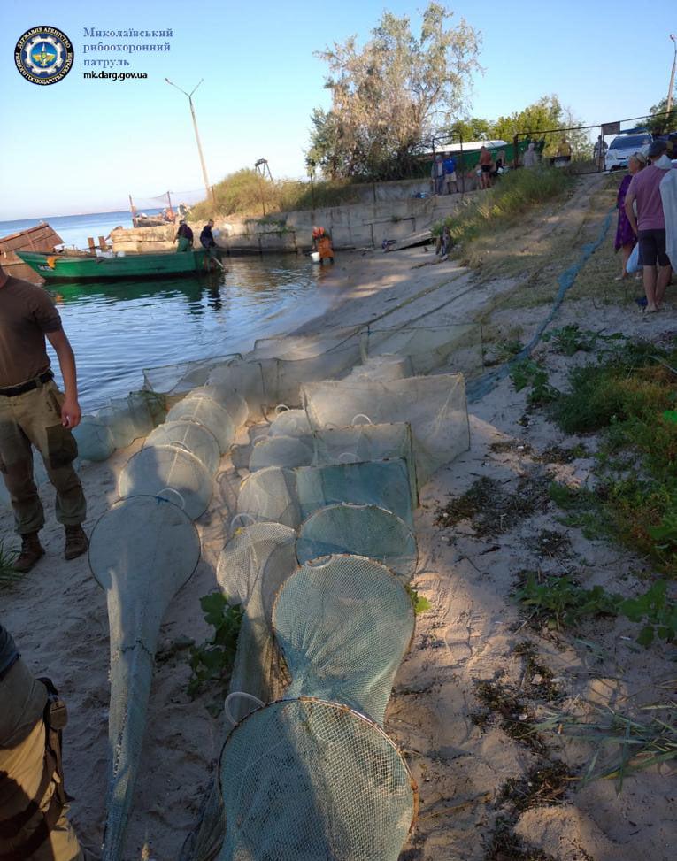 На Кинбурнской косе задержали браконьеров с 40 кг креветки (ФОТО) 1