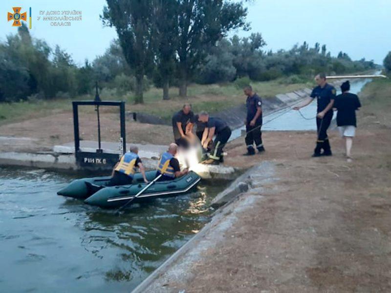В оросительном канале в Николаеве утонул мужчина