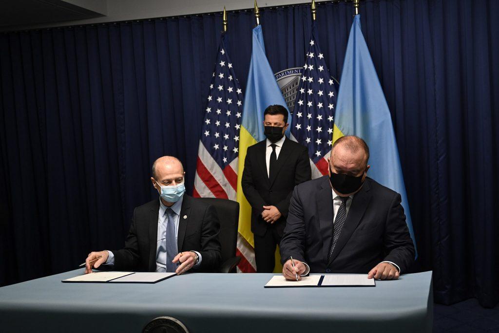 На $30 млрд. «Энергоатом» и Westinghouse подписали меморандум о строительстве 5 энергоблоков (ФОТО) 1