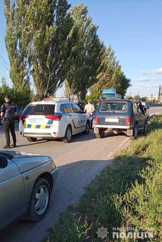 На выезде из Нового Буга полицейские задержали убийцу – он зарезал соседа (ФОТО) 1